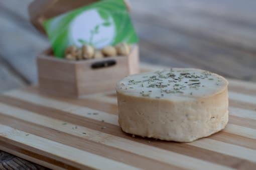 queso vegano de ajo y aceite