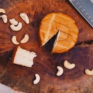 queso vegano de anacardos ahumado